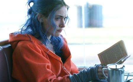 '¡Olvídate de mí!', la curiosa historia tras la sudadera naranja que llevaba Kate Winslet