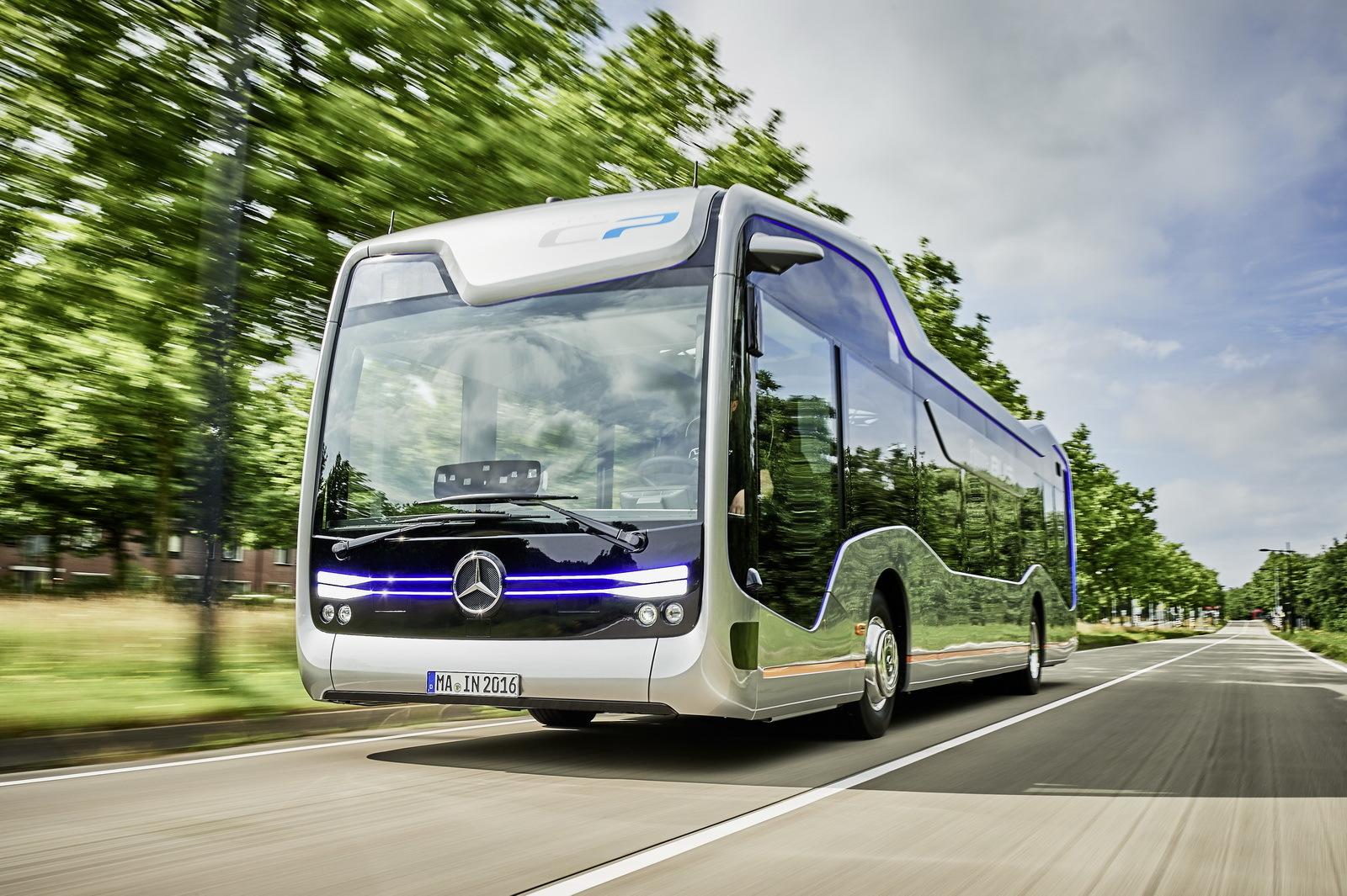 Foto de Mercedes-Benz Future Bus (8/36)