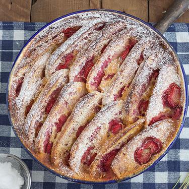 Pudding de fresas y brioche: receta dulce de aprovechamiento
