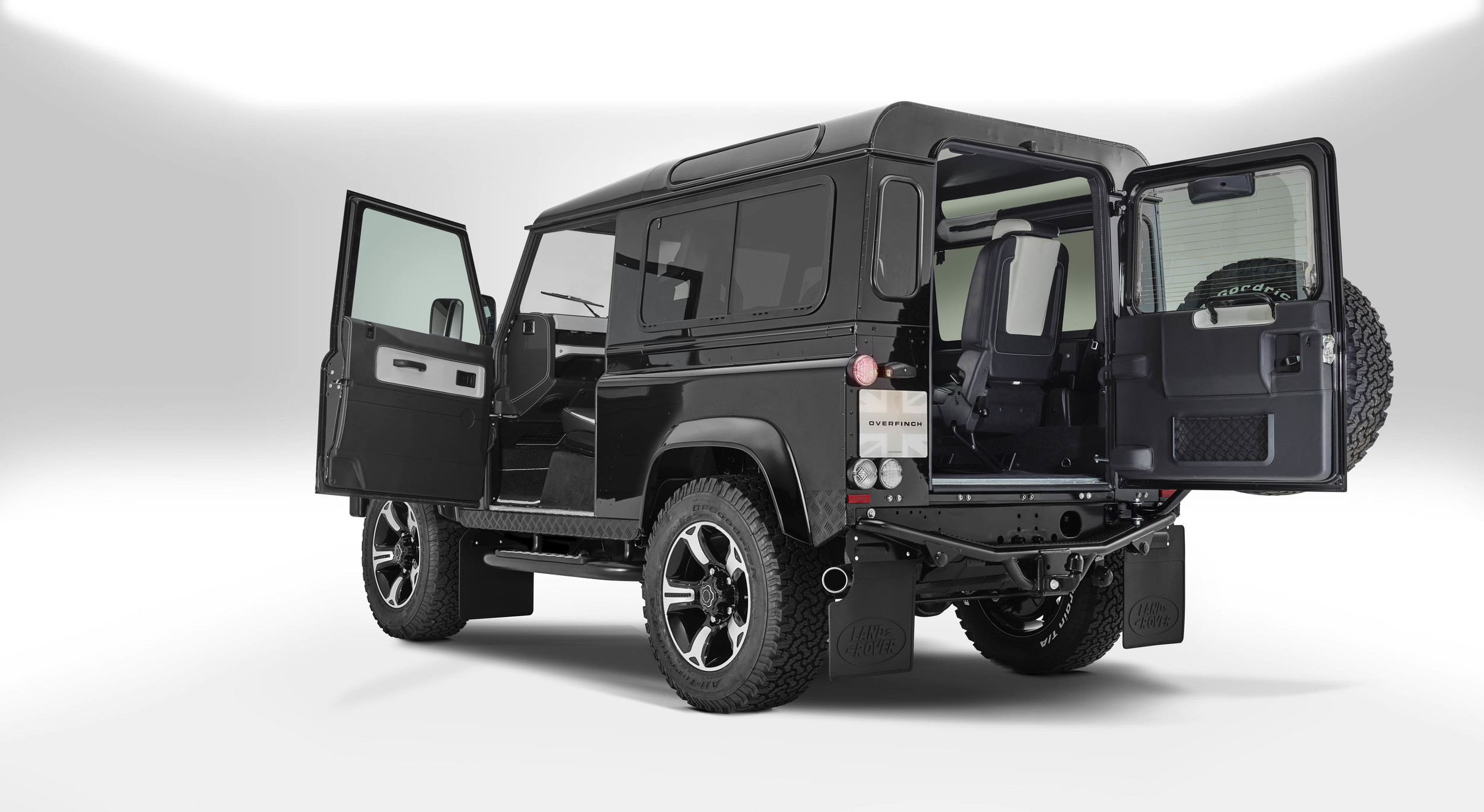 Foto de Overfinch Defender 40th Anniversary (16/19)