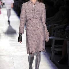Foto 11 de 61 de la galería chanel-alta-costura-otono-invierno-2012-2013-rosa-gris-brillos-y-nuevo-vintage en Trendencias