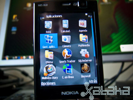 nokia-N95-8GB-4.jpg