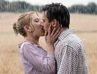 Unos labios cuidados hacen que mueran por tus besos