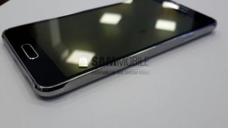 Nuevas imágenes y especificaciones del metálico Samsung Galaxy Alpha