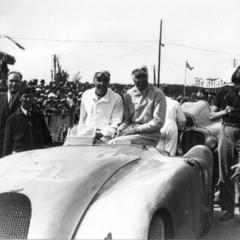 Foto 9 de 10 de la galería bugatti-veyron-legend-jean-pierre-wimille en Motorpasión