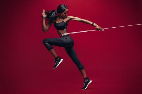 Los nueve mejores ejercicios con gomas elásticas para entrenar todo tu cuerpo