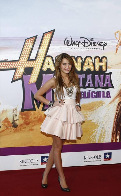 Foto de Miley Cyrus presenta la película de 'Hannah Montana' en Madrid (17/24)