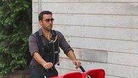 Jeremy Piven sacando a pasear a sus Emmys, la imagen de la semana