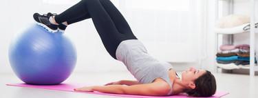 Las progresiones del Glute Bridge, de menor a mayor dificultad, para entrenar tus glúteos en casa con un mismo ejercicio
