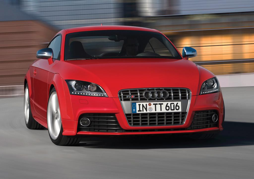 Foto de Audi TTS (16/40)