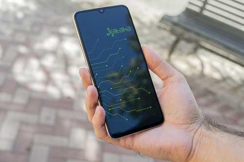 Xiaomi Mi 9 Lite, análisis: la firma china compite contra sí misma en la gama media