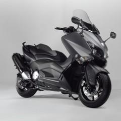 Foto 11 de 25 de la galería yamaha-t-max-2012-fotos-de-estudio en Motorpasion Moto