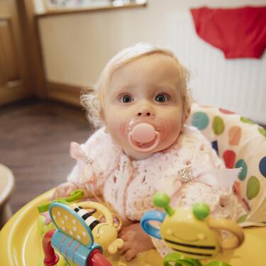 ¿Por qué los andadores no son buenos para los bebés?