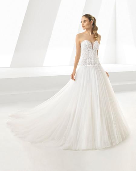 91a0f8d82 Vestidos de novia de escote corazón  un clásico que nunca falla y de ...