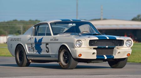 ¡A sacar los ahorros! Uno de los 35 ejemplares del Ford Mustang Shelby GT350R será subastado