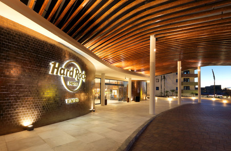 Hotel hard rock tenerife la opci n m s acertada para unas for Decor international tenerife