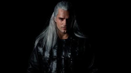 Aquí tienes un primer vistazo de Henry Cavill como Geralt de Rivia en la serie The Witcher de Netflix