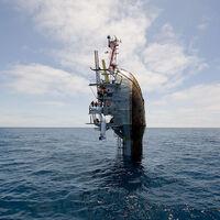 R/P FLIP es el barco más extraño del mundo: se voltea 90 grados para hundirse a propósito