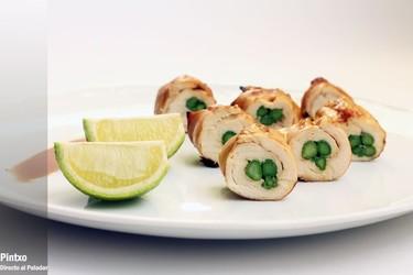 Rollitos de pollo teriyaki con espárragos verdes. Receta