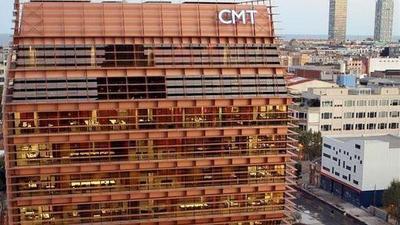 La CMT multa a Telefónica por no facilitar a la competencia sus datos sobre el despliegue de fibra