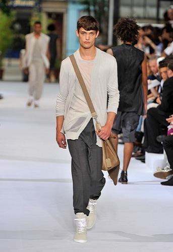 Foto de Dior Homme, Primavera-Verano 2010 en la Semana de la Moda de París (10/12)