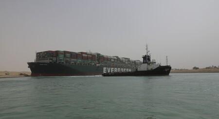 El Canal de Suez fue liberado: desencallan el buque Ever Given tras casi una semana de bloqueo, el tránsito marítimo se retomará próximamente