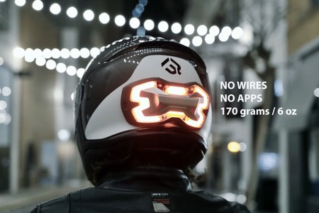 El guardaespaldas motero se llama Brake Free, es inteligente, luminoso y te quiere salvar la vida