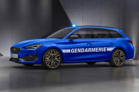 La Gendarmeria francesa valora fichar al nuevo CUPRA León de 300 CV como coche de intercepción rápida