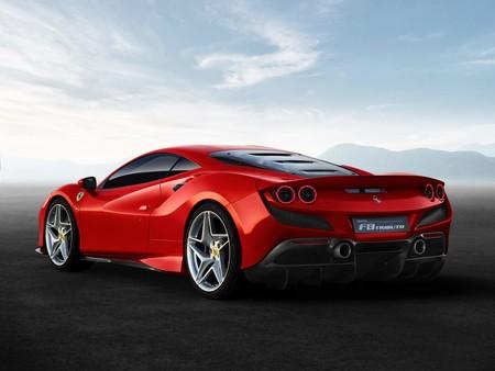 Ferrari F8 Tributo 2