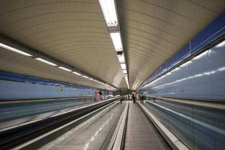 Metro 838523 1280