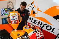 La gasolina Repsol para Márquez y Pedrosa, lista ya para 2015