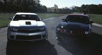 Chevrolet pone a competir al Camaro Z/28 con el Mustang Boss 302 Laguna Seca