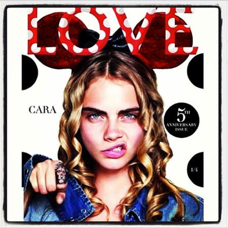 Cara delavigne para  Love Magazine