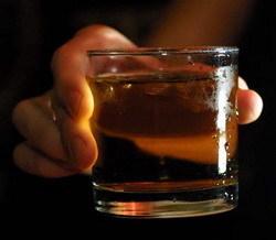 Un estudio sugiere que los bebés en gestación adquieren gusto por alcohol