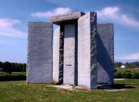 Los Stonehenge en Estados Unidos (III) : Las Guías de Georgia