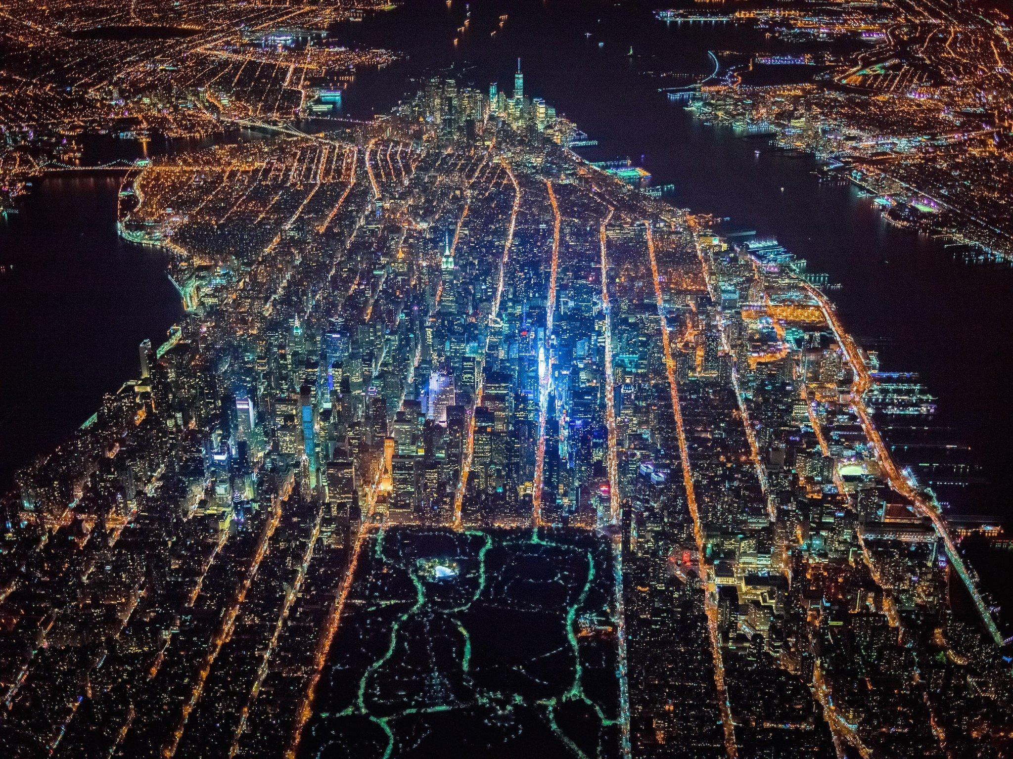 Foto de Gotham 7.5K (2/15)