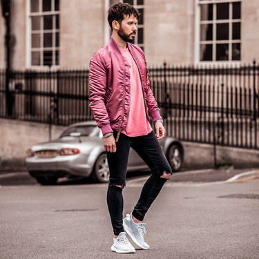 El color rosa te acompañará en todos tus looks de street-style con éstas piezas de Lefties