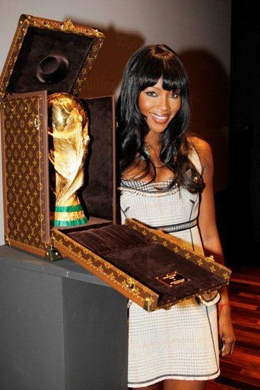 Louis Vuitton y el encargo de la FIFA