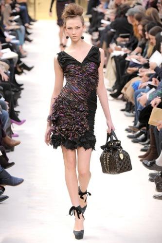 Los 10 mejores vestidos para esta Navidad, Louis Vuitton