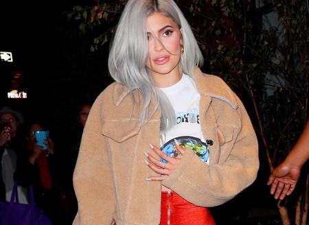Kylie Jenner y sus pantalones no tienen intención de pasar desapercibidos