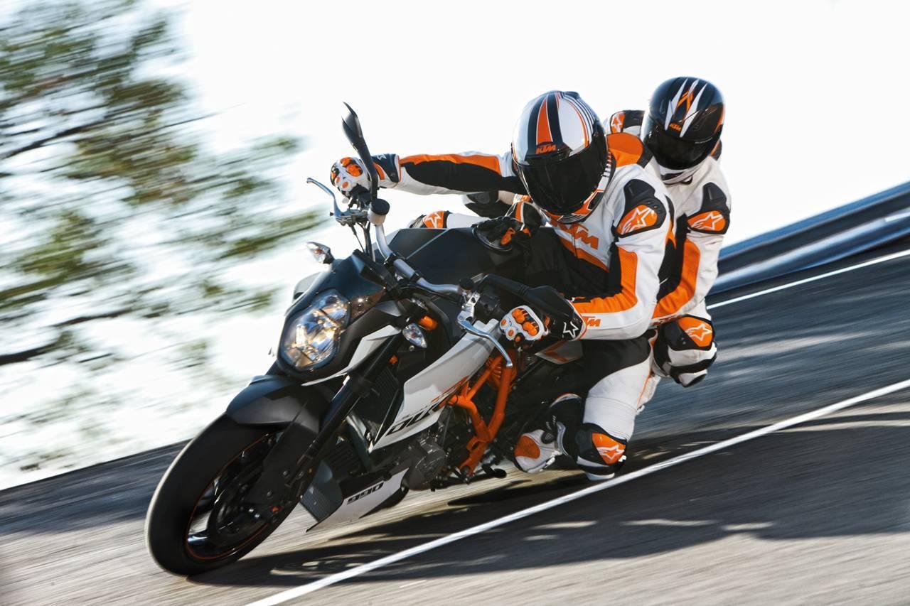 Foto de Resto de novedades de KTM presentada en el Salón de Milán 2011 (16/25)