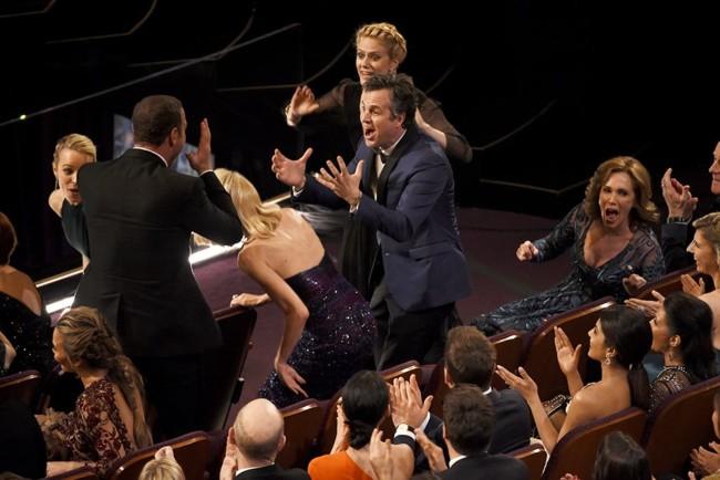 El equipo de Spotlight sorprendido con el Oscar