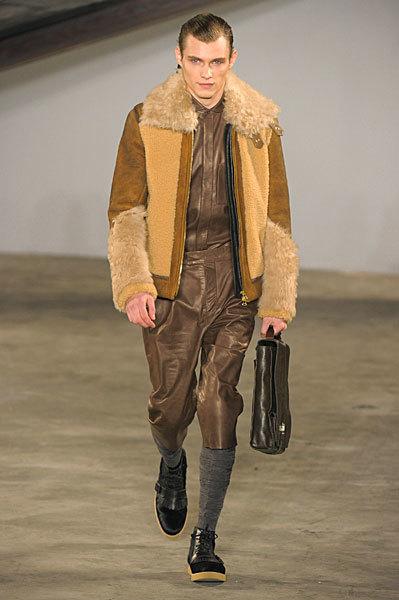 Foto de 3.1 Phillip Lim, Otoño-Invierno 2010/2011 en la Semana de la Moda de Nueva York (10/13)