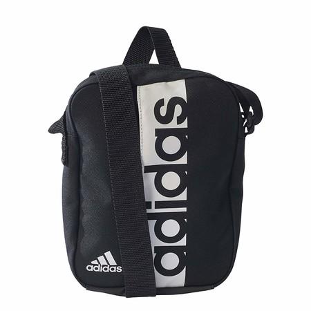Todo organizado con el bolso para hombre Adidas Linear Performance Organizer: ahora rebajado a 12 euros en Amazon
