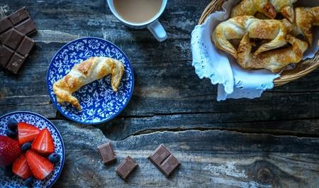 Así puedes hacer croissants de chocolate en casa en solo 15 minutos