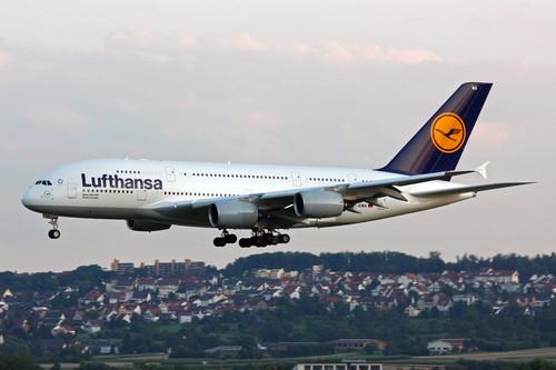 ¿Es justo que Lufthansa cobre a las agencias por vender sus billetes?