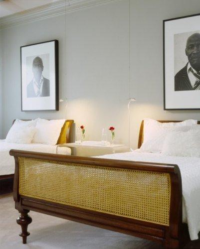 Otro dormitorio de invitados de Lenny Kravitz.