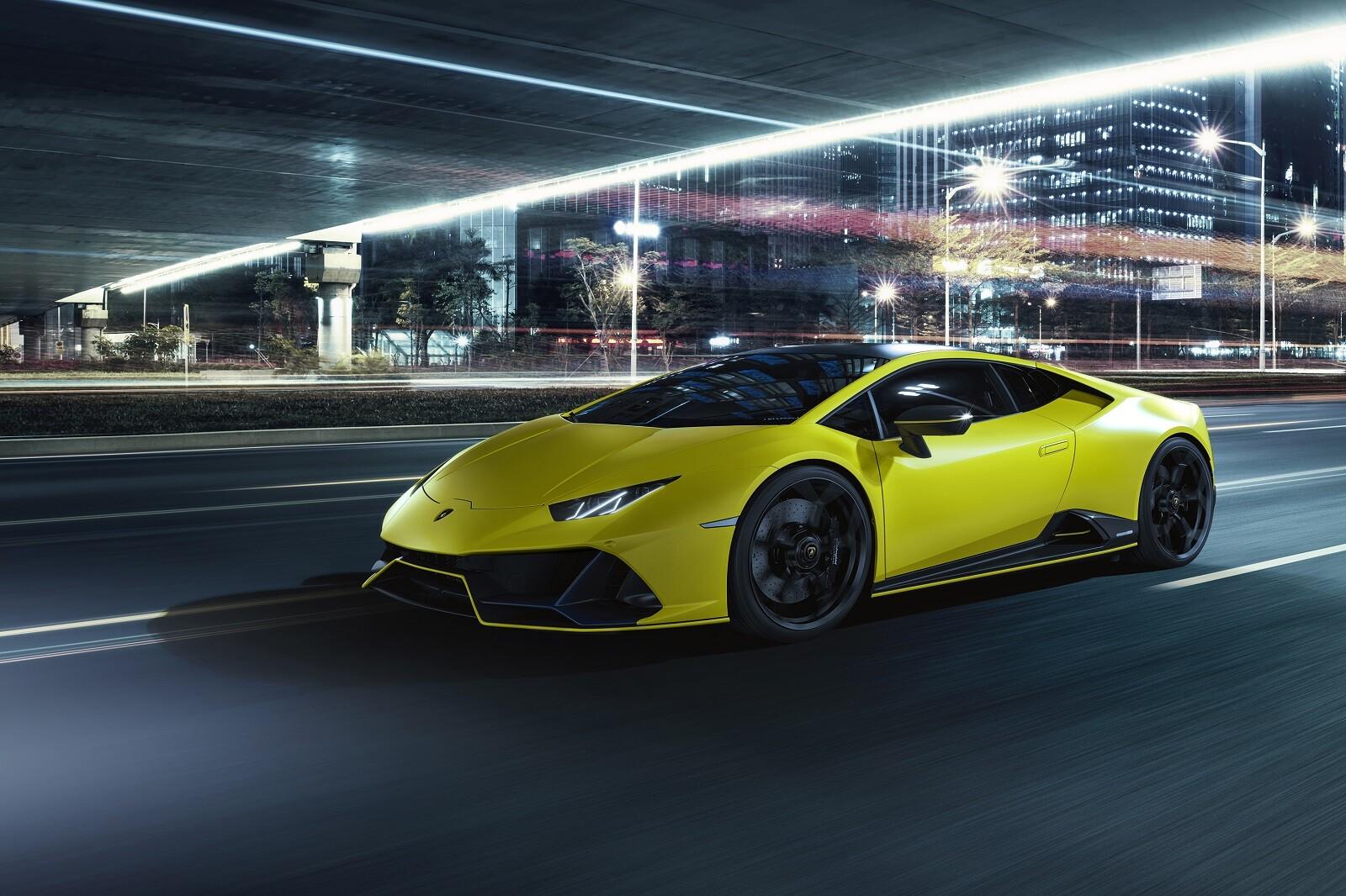 Foto de Lamborghini Huracán EVO Fluo Capsule (25/26)