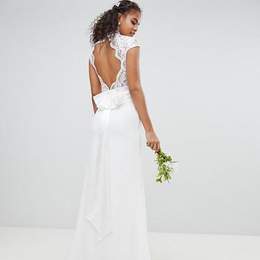Ser una novia low-cost (y estilosa) no es una utopía y estos vestidos de novia baratos por menos de 229 euros lo demuestran