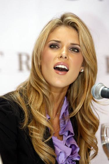 La madre de Miss California es lesbiana
